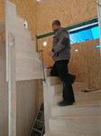 Steve beim Treppenbau